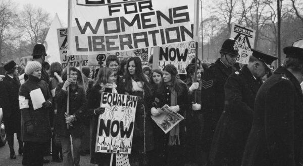 women-s-equal-rights-march-626436929-c7c8a000f2074d13b0e1c2e51af3c224